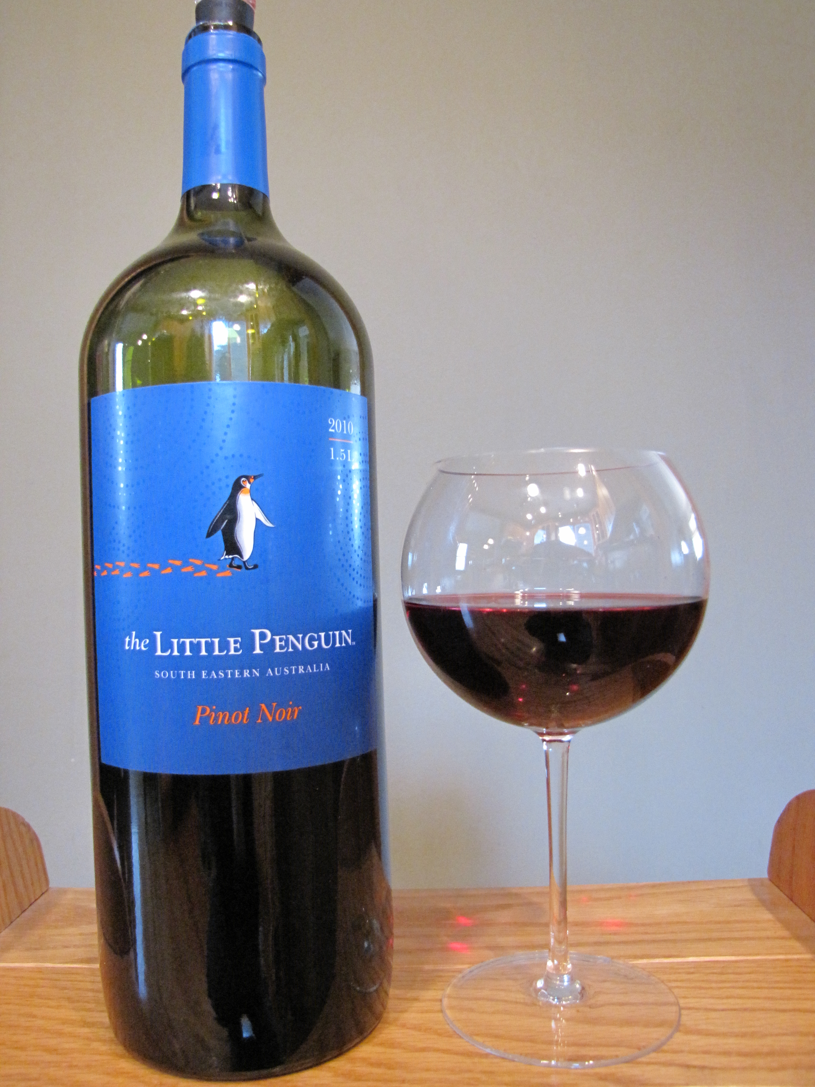 The Little Penguin Pinot Noir (2010)