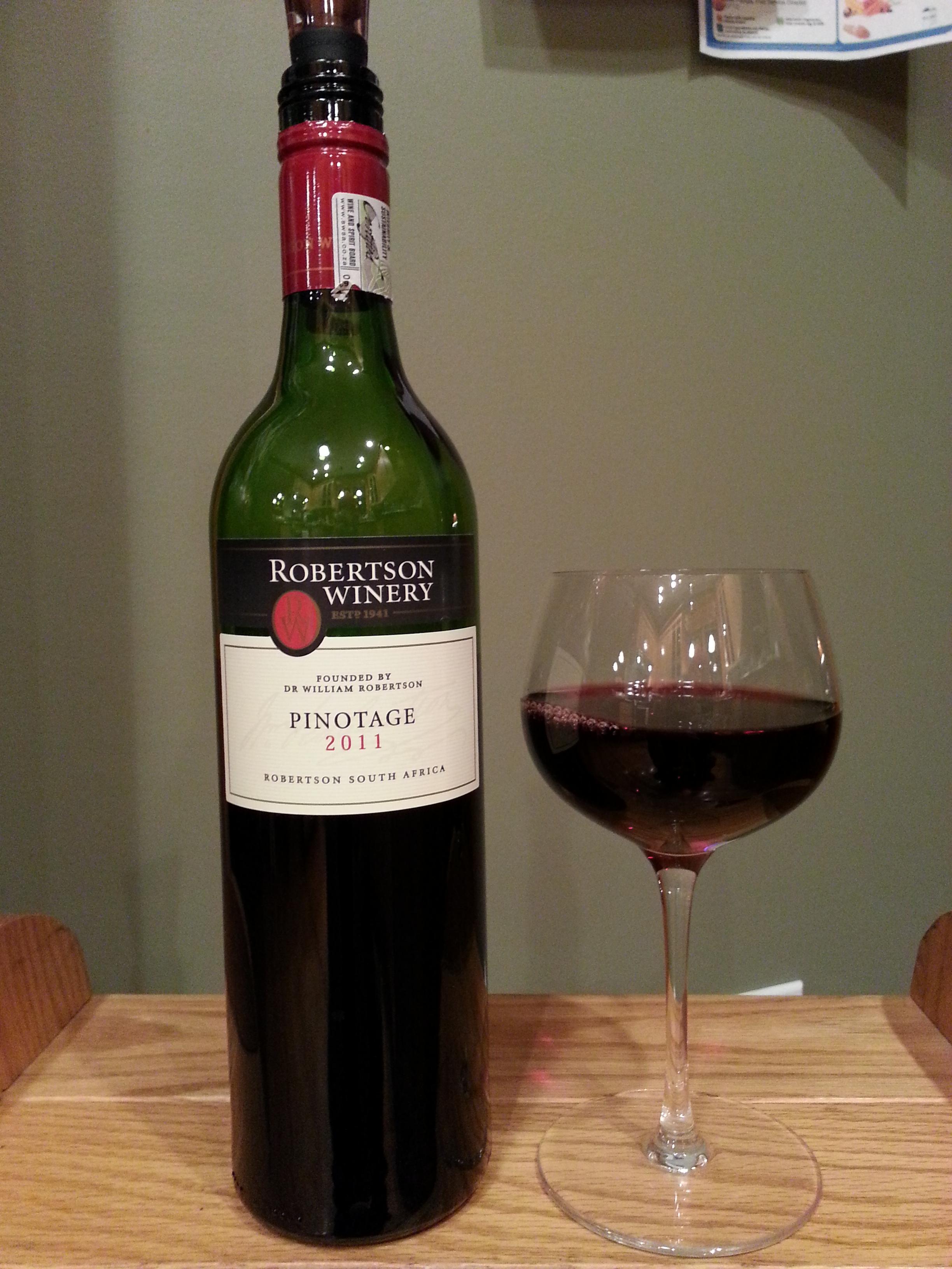 Robertson Winery Pinotage (2011)
